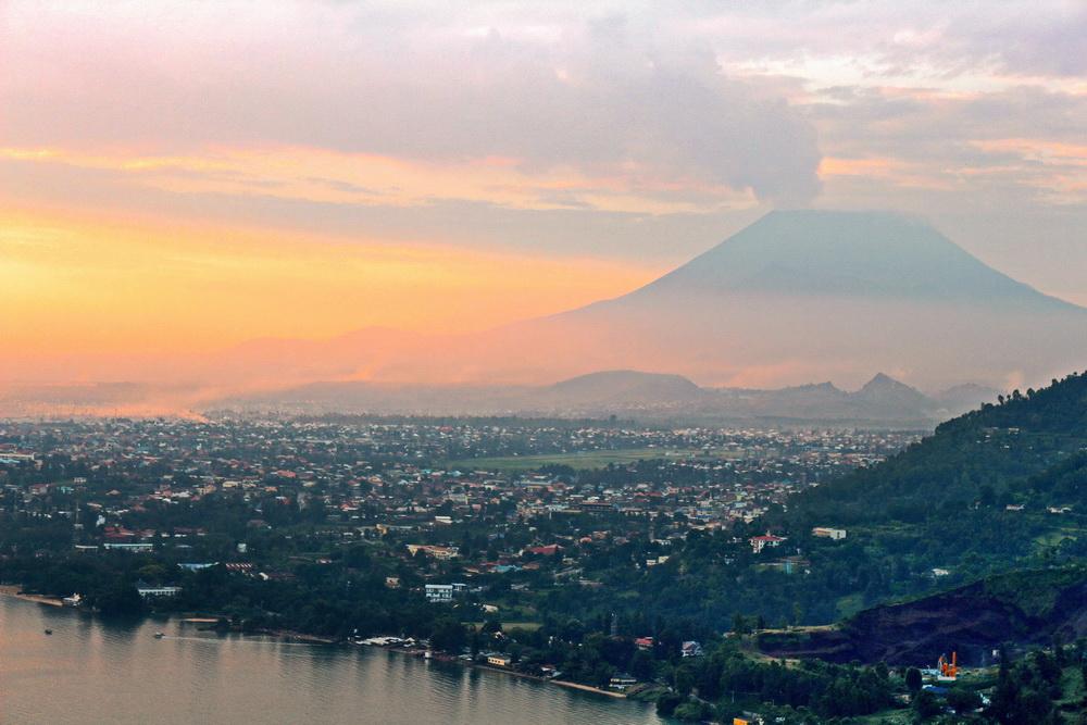 Вулкан Ньїрагонго, Конго