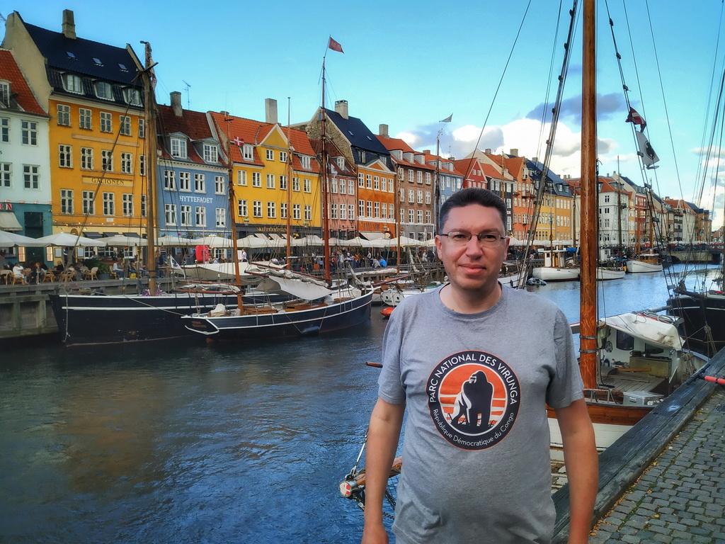 Набережна каналу Нюхавн в Копенгагені