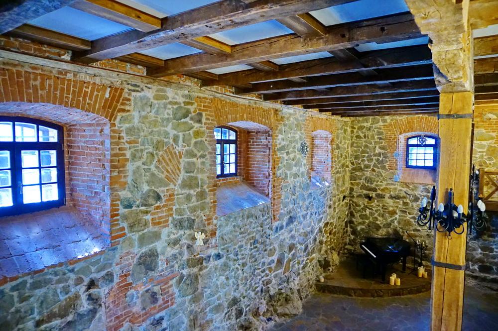 Концертна зала в замку Радомисль